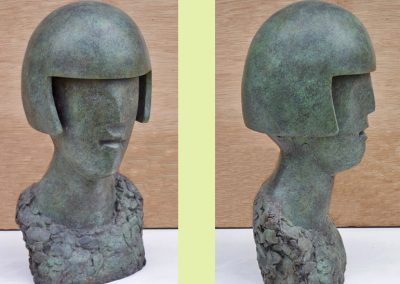 Head, cement & resin (36cm)