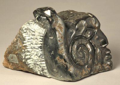Moche, fruit stone