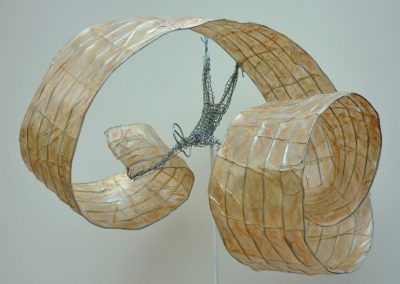 Down to Earth (detail), wire, paper, steel & ciment base (private collection)